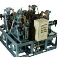 排气量1到10立方33MPA空气压缩机图片