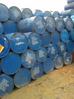 供应翻新树脂桶,二手树脂桶,树脂铁桶回收商