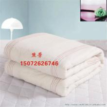 供应学生棉被学生床上用品厂家
