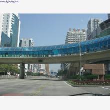 城市天桥PC耐力板遮雨棚 PC耐力板遮雨棚 遮雨棚 遮雨棚厂家 雨棚,东莞城市天桥耐力板雨棚工程图片