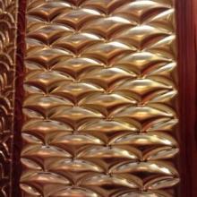 新款大气高贵红古铜高端压花板彩色不锈钢背景墙,彩色不锈钢幕墙装饰板夜总会背景墙酒吧墙面板包厢幕墙板背景墙批发