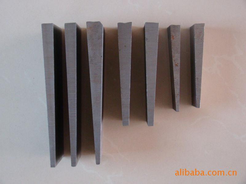 专业生产Q235斜铁