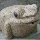 供应青蛙石雕工艺品 龙年吉祥物 动物石雕工艺品摆件