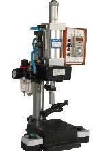 供应小型气动铆钉机气动压机图片
