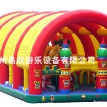 供應加蓬子迪士尼大型充氣玩具易欣制造河南鄭州充氣城堡圖片