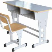 学生课桌椅到霸州鑫达教学设备图片
