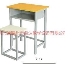 供应云南学生方管课桌椅优质课桌椅