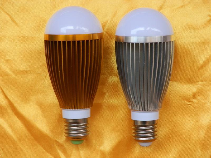 供应LED球泡灯功率7W高亮度节能灯首选
