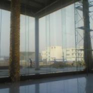 15mm钢化玻璃图片