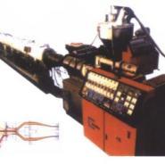 PVC内螺旋消音管挤出设备图片