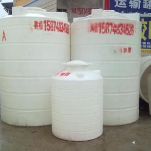 长沙塑料储罐水箱水塔耐酸碱罐白桶图片