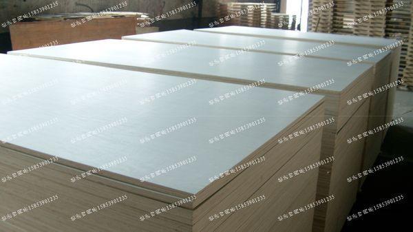 供应杨木芯15mm门套板多层板厂家