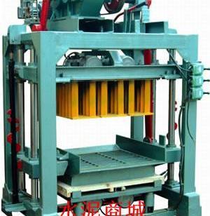 QT4-30小型免烧砖机图片