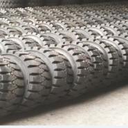 新疆1200-20实心轮胎图片