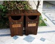 防腐木垃圾桶图片