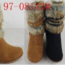供应外贸库存低筒绒面兔毛边坡跟女棉靴