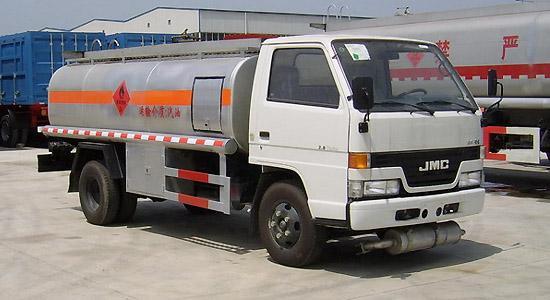 江铃油罐车