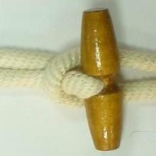 供应男装大衣用扣牛角棉绳对扣