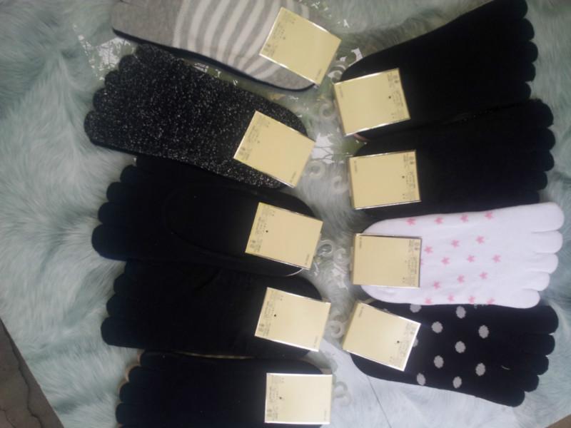 广州 白袜子/白袜子 袜的分类按功效分类1.医用弹力袜,用于治2XU疗静脉曲张...