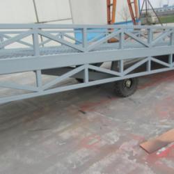 濟南市移動式登車橋價格厂家移動式登車橋價格
