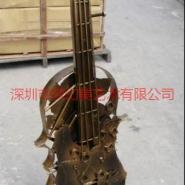 铁艺金属别致小提琴雕塑图片