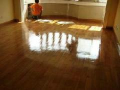 供应昆明木地板翻新施工步骤/昆明实木地板翻新
