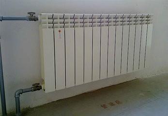 SCRL85/600-1.5 圣春压铸铝散热器