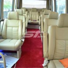 供应考斯特改装16座商务车考斯特航空首长座椅考斯特办公桌考斯斯地毯