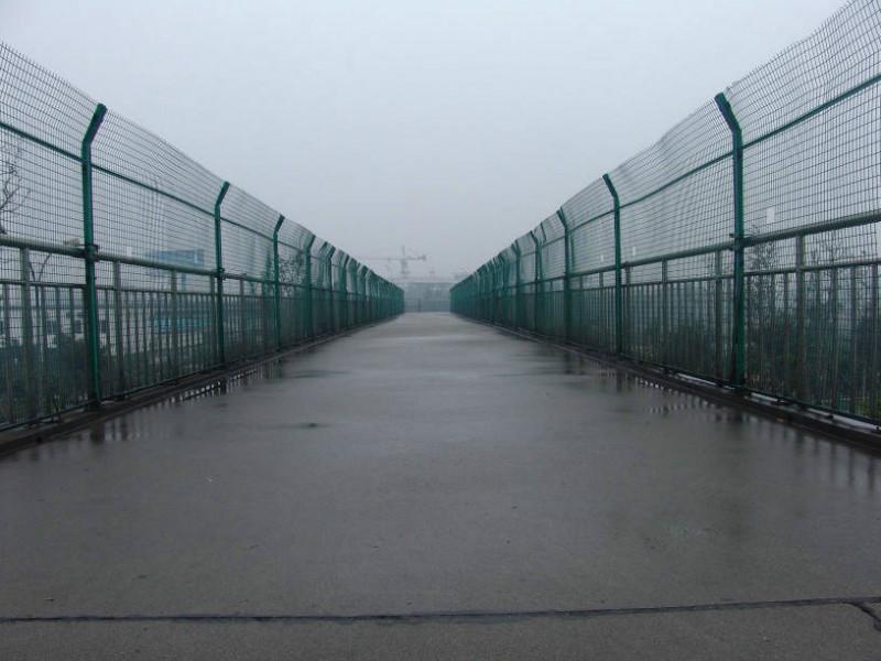 供应天津铁路线路防护栅栏