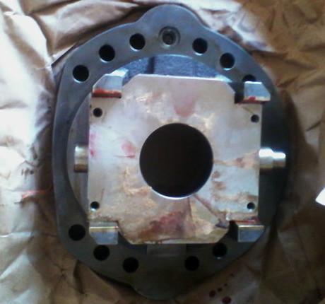供应小松pc200-5液压泵摇摆总成图片