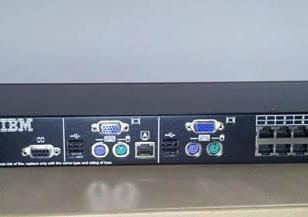 IBM16口KVM切换器图片