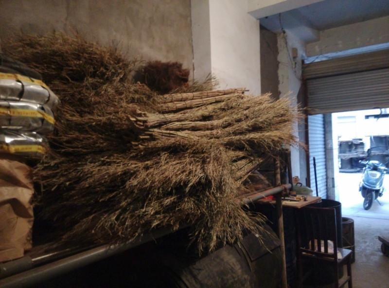 广元市/供应大扫把竹扫把图片