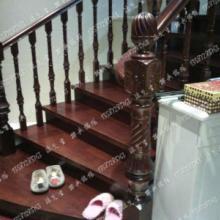 供应弧形实木楼梯批发
