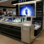 鸿卓化妆品品牌展柜图片