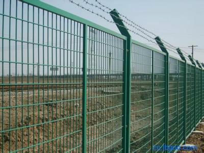 供应铁路线路防护栅栏