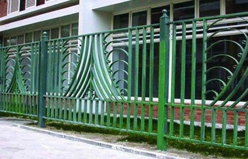方管铁艺护栏/护栏十大品牌/铝合金阳台护栏/出口护栏