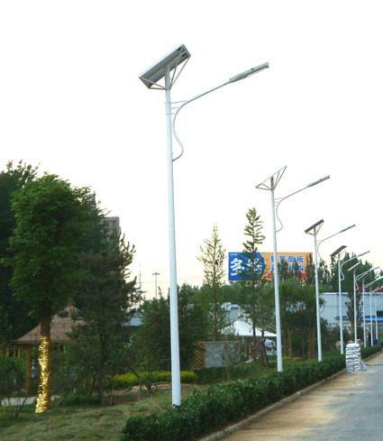 供应乌鲁木齐灯具太阳能产品