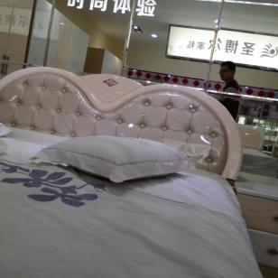 软包市场床头图片