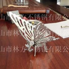 供应不锈钢蝴蝶摆件 精美工艺品加工 佛山激光切割 办公桌装饰品图片