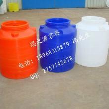 供应江苏PE塑料水箱2000L滚塑容器pe防腐材质塑料水箱批发