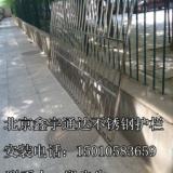 供应不锈钢防护栏大兴黄村防盗门不锈钢阳台防盗窗安装防护网