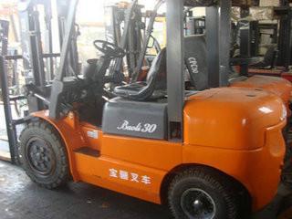 上海虹口3T叉车出租机械搬家装卸曲阳路5T叉车出租