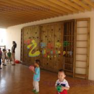 重庆哪里有做幼儿园攀岩墙,江北区浸塑攀岩墙,重庆幼儿园木质攀岩墙建造