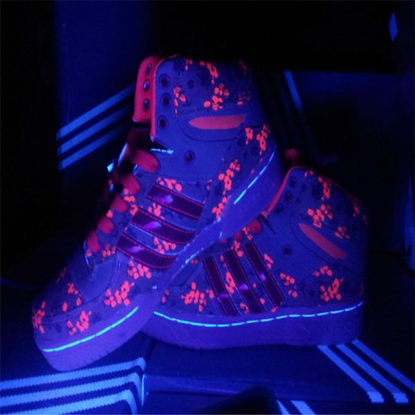 供应五星行荧光高跟鞋荧光休闲鞋运动鞋荧光荧光洞洞鞋
