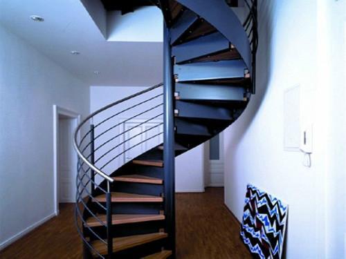 别墅楼梯旋转楼