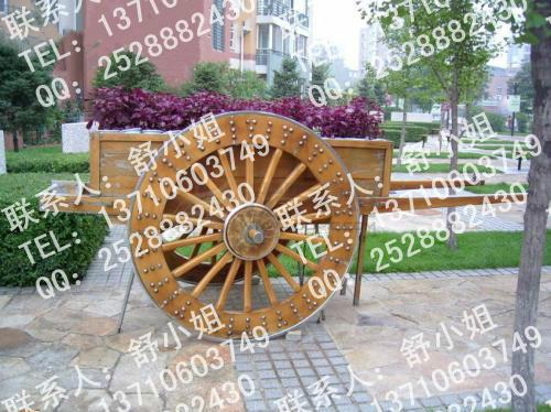 供应复古花车,上海实木花车,欧式花车图片