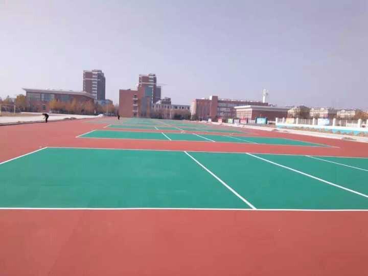 供应深圳运动场地坪材料厂,室外篮球场地面材料、户外水泥地用什么油漆