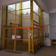 潮州升降机图片