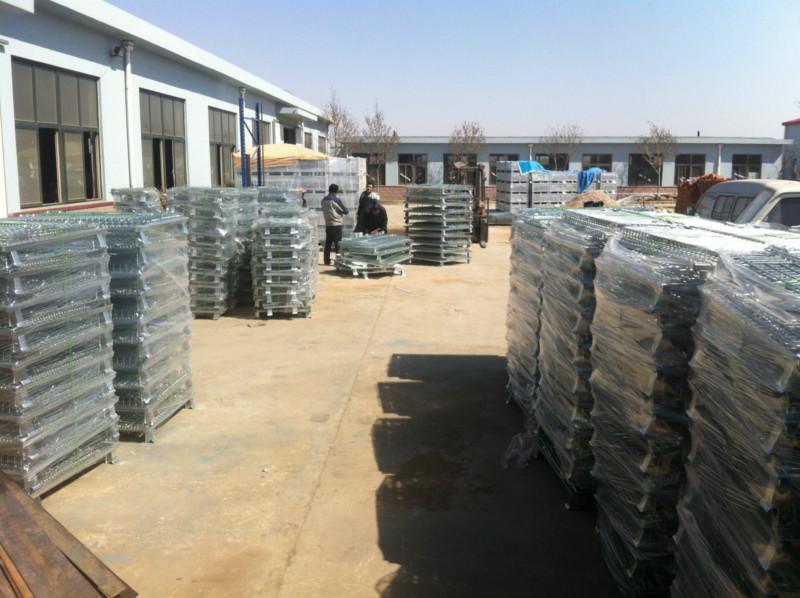 供应即墨仓储笼折叠式蝴蝶笼铁笼子生产厂家