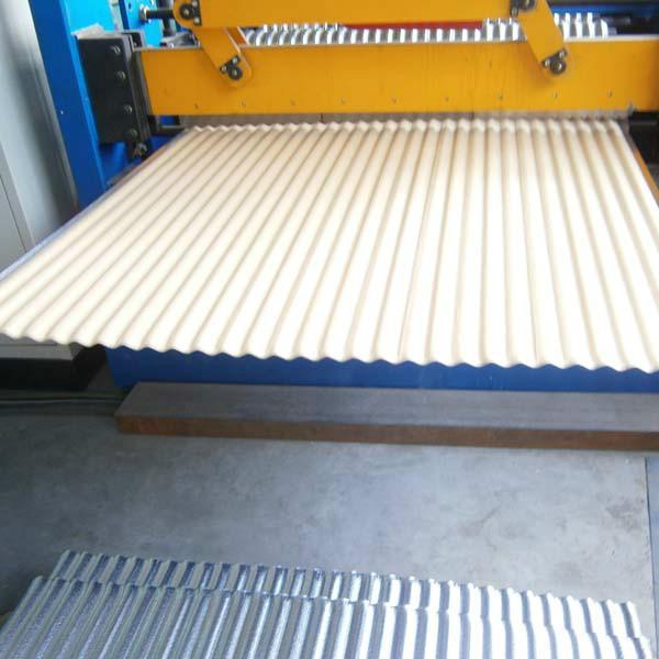 供应北京复合花纹铝板报价,专利产品,施工简便,美观,石油化工罐体管道